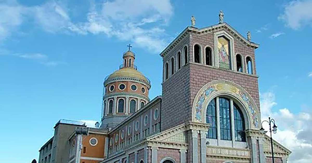 Tindari il Santuario e il teatro Greco